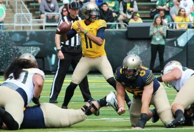 Mighty Oregon Holds Off Webfoots 21-20