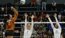 Ducks Fall to 2nd Ranked Longhorns