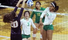 Frosh Pace Ducks Past Beavers