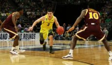 Dorsey Leads Ducks Past Iona 93-77
