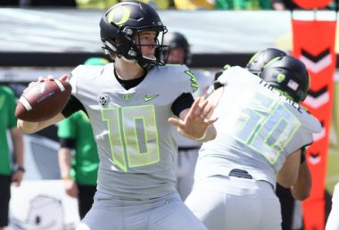 Hebert, Carrington Shine in Spring Scrimmage